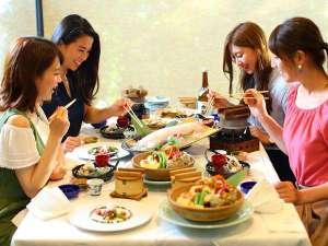 【夕食】活き烏賊と佐賀牛が味わえる「美味彩采」※イメージ