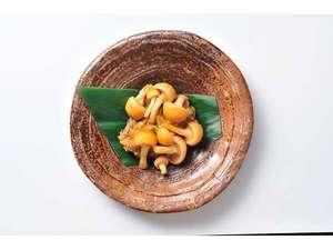 秋:松之山なめこを焼き味噌仕立て『きのこ朝まんま』