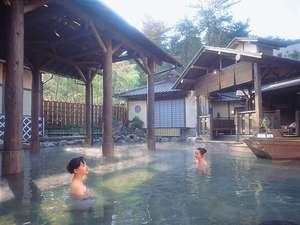 世界最大の露天風呂「江戸情話 与市」