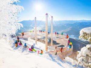 【霧氷テラス】スキーをしなくてもお楽しみ頂けるスノーリゾート。