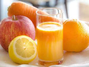 【朝食】女性に嬉しい美肌効果抜群の『アンチエイジング美肌ジュース』
