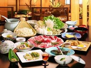 喜楽亭の牛鋤鍋orしゃぶしゃぶのお料理例