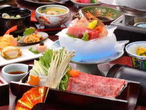 「ご夕食イメージ」 地の利を生かした山海の恵みを食膳へ。目と舌で味わう鮮やかなお料理の数々