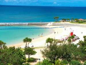 ホテル目の前に広がるサンセットビーチ!