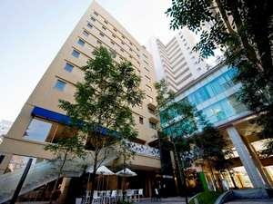 ■TENJIN PLACE■ ホテル、レジデンス、テナント、オフィス、建物全体で一つの街を形成しています。
