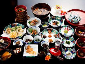 *【お振舞い膳】出羽屋がお届けする季節の香りいっぱい!贅沢なお振舞い膳をご堪能ください。