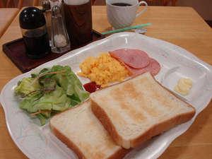 ご朝食はサービスとなります。(7:00am~9:00am)
