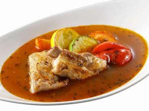 【TON TON フェスティバル】道産スペアリブと野菜の絶品スープカレー