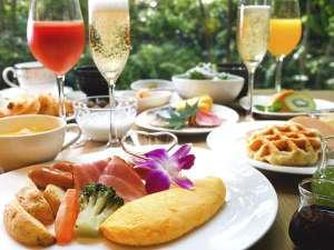 【ご朝食】好きなものを、好きなだけ。「自分好み」に楽しむ贅沢な朝食時間。