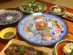刺し網でその日に取れた魚が夕食にならびます。