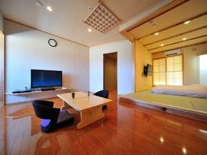 離れ客室「さくら」和室 離れ宿7室全ての部屋に源泉掛け流し半露天風呂がついております。