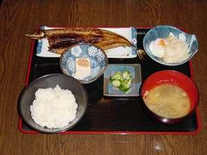 焼きたて 焼き魚朝定食