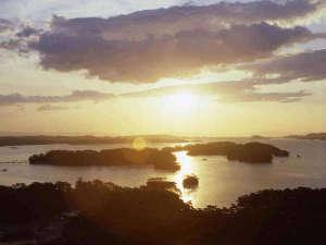 高台から望む松島湾の朝日は絶景です♪