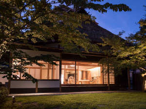 【離れ 待月庵】日本庭園をより愉しんでいただくことをコンセプトに再設計を行いました。