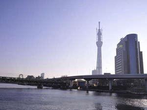 *東京スカイツリーを眺めながらウォーキングはいかが?