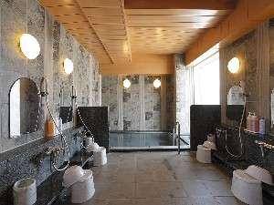 ラジウム人工温泉大浴場で旅の疲れもスッキリ☆夜は深夜2時まで朝は5時からご利用できます。