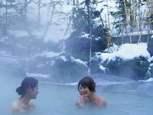 【露天風呂】12月~3月にかけては雪見酒が楽しめる「露天酒付きプラン」がオススメ