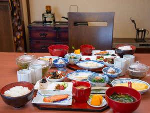 *【朝食例】手づくりの朝ごはん。朝からしっかりとパワーチャージしておでかけください!