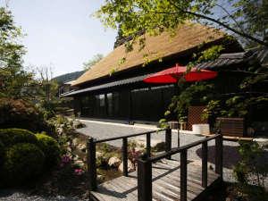 和モダンな温泉旅館 湯布院らんぷの宿の画像