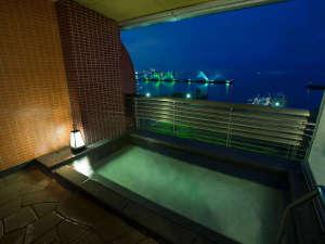 【天然温泉るりの湯】露天風呂から望む琵琶湖の夜景