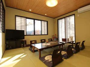 ■【和室10畳】広めのお部屋でゆっくりとお寛ぎいただけます。