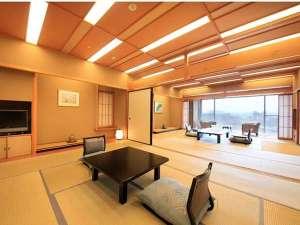 最上階の楽山館・露天風呂付客室