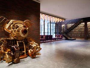 【アート WOODY BEAR】北海道の伝統工芸品である木彫りの熊をテーマに制作されたオブジェ