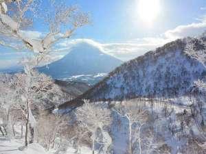 *ニセコHANAZONOリゾート/北海道のパウダースノーと羊蹄山の絶景を堪能!