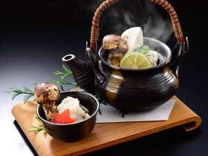 ★松茸会席プラン★(料理一例)秋鱧と松茸の土瓶蒸し。