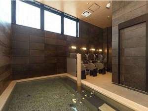 1F 女性浴場人工温泉 準天然 光明石温泉湯船の一部にヒノキを使用!ヒノキのいい香り
