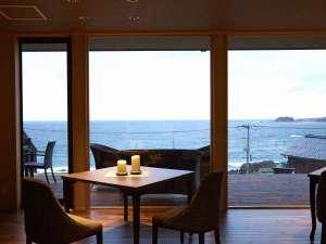 レストランからの眺望もご馳走です。
