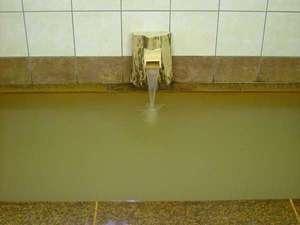 天然温泉かけ流しのお風呂です