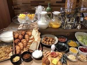 朝食ブッフェ レストラン【Lamp】料理一例和洋折衷30品目以上のお料理です