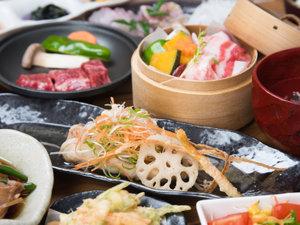 *【夕食一例】屋久島の食材をたっぷり使った自慢の料理が並びます。