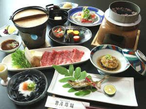 選べる熊野牛プランお料理一例 ※画像は熊野牛しゃぶしゃぶです。