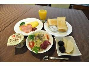 洋朝食 大山ヨーグルトか好評です