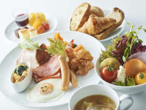 """1日の始まりに、バランスの良い美味しい""""hache朝食ビュッフェ""""をどうぞ。"""