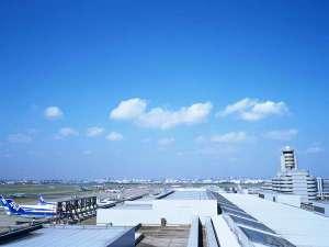 京急蒲田駅-(京浜急行空港線)-羽田空港国内線ターミナル駅=急行11分