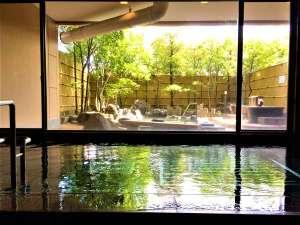 非日常を感じながら庭園を眺め、時間の流れを愉しむ。~姫島の湯~