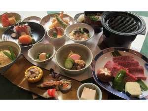 千屋牛会席岡山県北部が誇るブランド牛「千屋牛」の鉄板焼きをメインとした和食会席