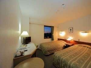 ツインルーム(約15平米)羽毛布団を使用 快適な眠りを