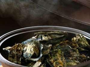 サロマ湖悠林館でじっくり『サロマ湖産牡蠣』をご堪能くださいませ。(10月~)
