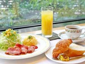 朝の始まりは朝食から♪
