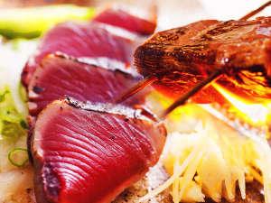 ■高知/土佐名物 鰹タタキ■その辺のものとはレベルが格段に違う! 丁寧に焼かれた、分厚く香ばしい逸品