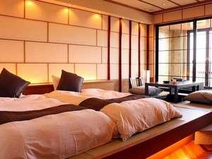 【露天付洋風和室36㎡】和ベッド+掘り炬燵。デザイナーによる設計でカップル、ご夫婦に人気なお部屋♪