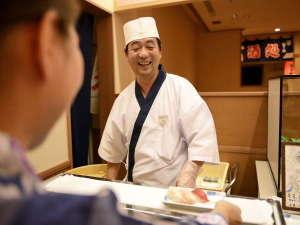 【和洋中バイキング(夕食)】握り立てお寿司♪職人さんとの会話も楽しい。