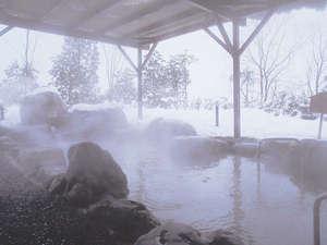 冬だけのお楽しみ♪情緒ある雪見露天風呂!