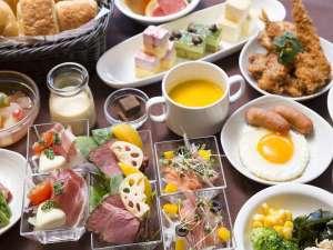 ◆朝食バイキング~京都ならではの豆腐料理や京漬物、和食中心の多彩なメニューをお楽しみいただけます