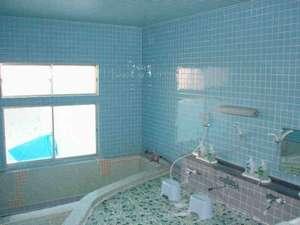 大浴場(ちょっと小さいかも) 朝風呂も入れます