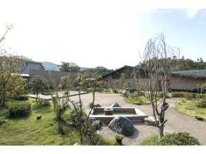 中庭 里山ガーデン